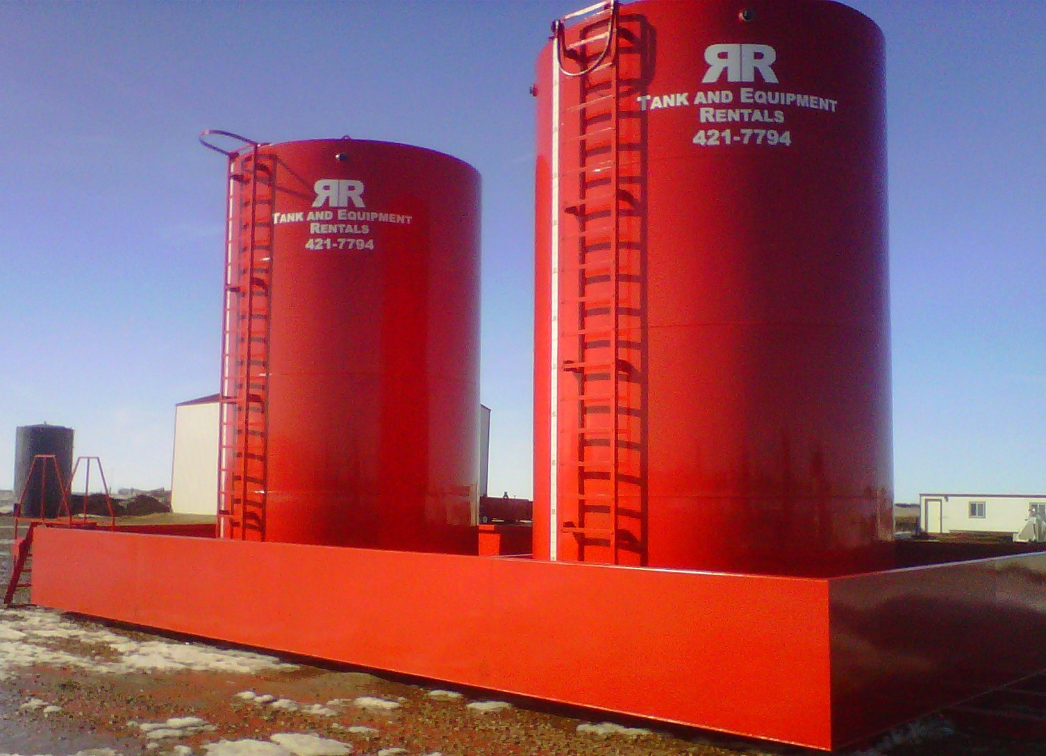 Border Insulators - R&R Tank Containment